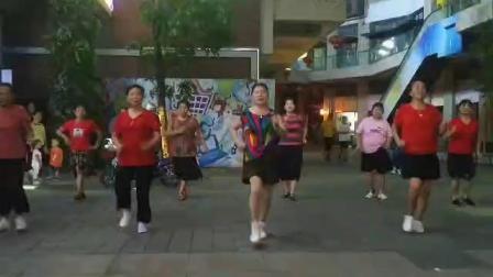 永不放弃舞蹈队?姐妹练习《兵哥哥》20,7:1