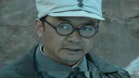 亮剑:小战士为了给李云龙抢烟卷,被鬼子一枪打死,泪目了!