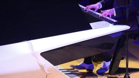 标致 专业底盘调教 米卡迷你音乐会与标致设计实验室钢琴