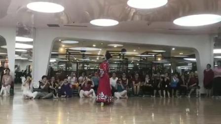 郑妍舞蹈—《遥远的妈妈》(正面)