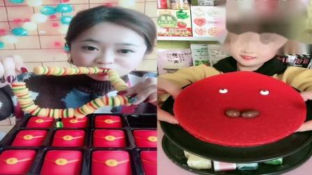 小可爱吃播:汉堡糖、慕斯蛋糕,一口下去超过瘾,童年向往的生活