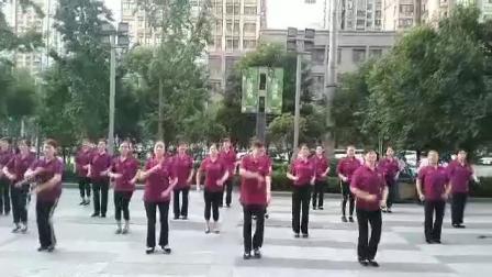 龙首原活动站朗迪八段锦健身操