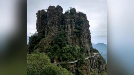 """广西贵港市网红景点平南北帝山 被称为""""广西张家界"""""""
