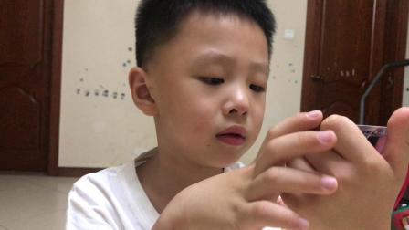 小王玩具——第24期  奥特曼卡荣耀版拆包