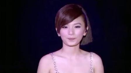 听她翻唱王菲《笑忘书》你就明白了,田馥甄为什么能火了这么多年.mp4