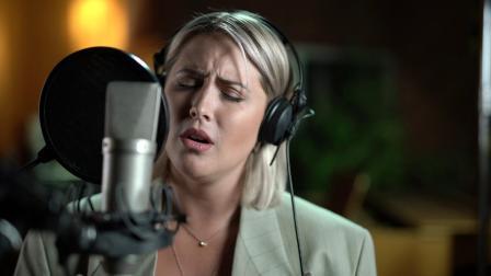 【猴姆独家】Netflix热门新片#欧洲歌唱大赛:火焰传说# 原声Husavik (My Home Town)真实版mv大首播!