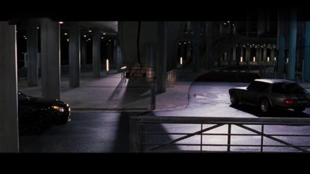 速度与激情:强森跳车拦超跑,可惜速度太快根本抓不住
