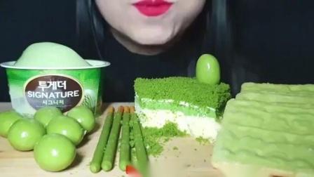 吃播小姐姐,吃播绿茶派对,有冰淇淋、巧克力球、奶酪蛋糕!