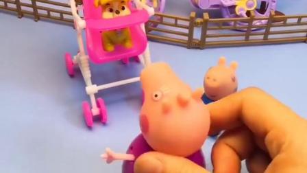 乔治不坐婴儿车,让宠物坐在上面,猪奶奶让乔治坐婴儿车