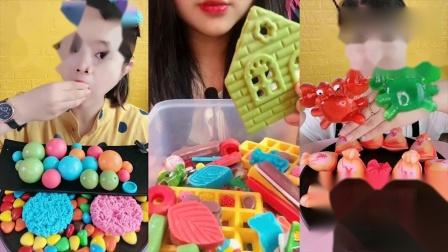 小可爱吃播:彩色空心球巧克力、小螃蟹果冻,是我童年向往的生活