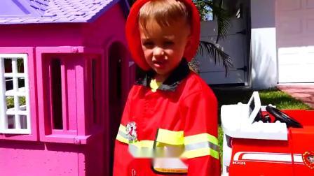 萌娃小可爱给消防员做冰激凌吃!小家伙真是贴心呀!萌娃:我来帮你!