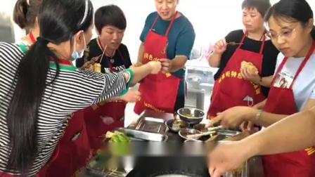 想学小红帽炸串哪里能学  厨掌柜小吃培训学校在哪