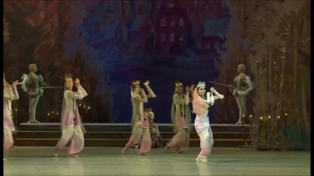 瓦岗诺娃芭蕾舞校 胡桃夹子 Eleonora Sevenard和Egor Gerashchenko主演
