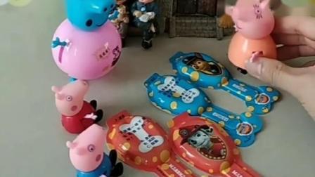 猪妈妈给乔治佩琪买了奶酪糖,怎么都是空壳原来都被猪爸爸给偷吃了