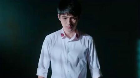 《唐人街探案3》剧情预告,刘昊然饰演的秦风入狱,神秘Q的现身