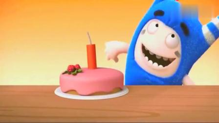 奇宝萌兵:两个十分可爱的宝宝,正在学习做生日蛋糕,真是太棒了