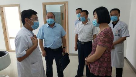 第二师铁门关市党委、吴彬 深入铁门关市人民医院指导工作