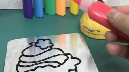 白雪公主做手工画,选了冰激凌图案的,大家喜欢这个手工吗