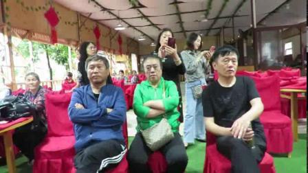 黄吉周:大理银苍舞蹈队—蒙自南湖舞蹈队联谊汇演视频