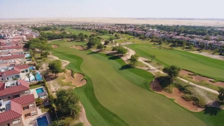 迪拜高尔夫球场重新开放