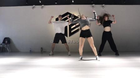 HOW YOU LIKE IT舞蹈练习室 青岛爵士舞街舞 青岛ME舞蹈室 青岛拉丁舞 青岛舞蹈 青岛成人舞蹈培训 青岛少儿舞蹈