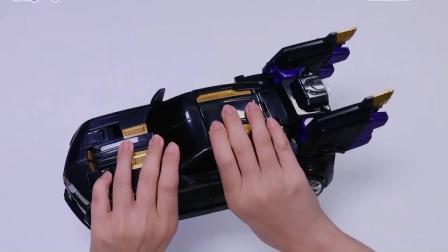 雷特工黑战士执行任务,雷车形态变形头部旋转180度