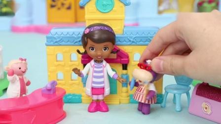 小医师大玩偶:麦芬医生帮助皮卡丘小汽车玩具故事