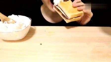 吃播红豆黄油吐司,小姐姐一次吃了好几个