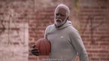 欧文和奥尼尔饰演的老头,打篮球可是一绝啊,谁还能防得住呀!