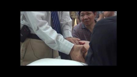 龙氏治脊疗法颈椎问题视频