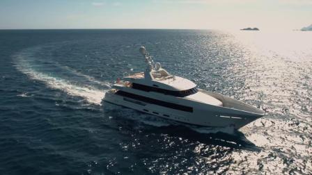 融合现代与经典,斐帝星Moon Sand号超级游艇享受意大利之旅