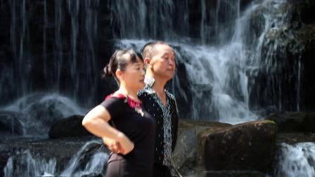 06曼舞宝峰湖六 四套水兵舞