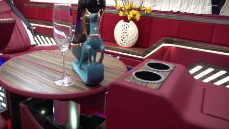 大众凯路威改装图片,面包车逆袭头等舱,内饰时尚有格调
