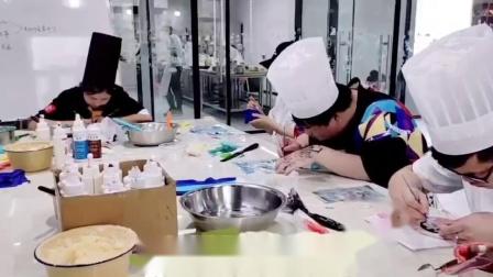 港焙 杭州学西点哪个学校最好杭州学西点哪个学校比较好浙江学西点哪个学校好超级可爱的浮雕蛋糕
