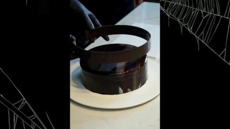 镜面巧克力蛋糕 听说只给颜值高的人吃