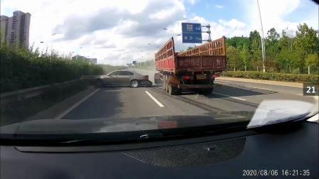 2020年8月8日左右国内交通事故视频合辑