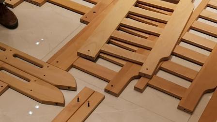 榉木双层床安装2