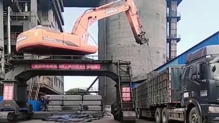 牛人 :挖掘机一改就变成了吊车!抢活抢的也太厉害了!