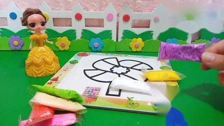 小猪佩奇玩具:白雪把风筝黏上漂亮的颜色