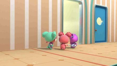 百变校巴:阿凯要做蛋糕,可抱抱龙不同意,阿凯好无奈呀!