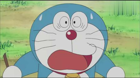 哆啦A梦本想求婚,不料莉雅掉入水中,黑猫急忙跳下去救它