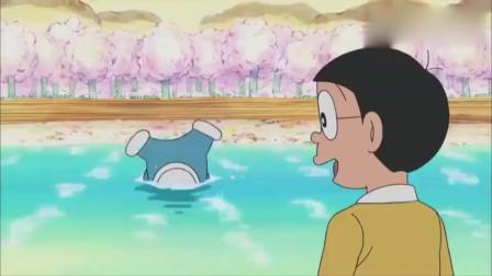 哆啦A梦:甜点王国里都是好吃的,胖虎和小夫被小饼干霸王龙追!