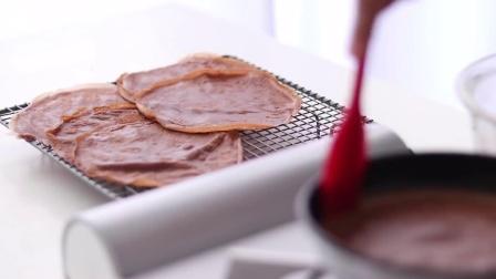 苦与甜的梦幻中和,细腻丝滑的巧克力千层可丽饼