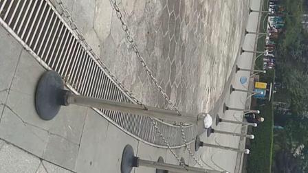 海林休闲广场音乐喷泉上午自拍