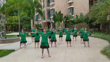 蓝色天梦完整版舞蹈海南五指山市椰风家园舞蹈队领舞张舞蹈2020年8月26日