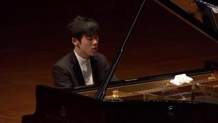 张昊辰演奏普罗科菲耶夫《降B大调第七钢琴奏鸣曲》op.83