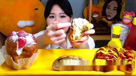 """""""烤面包""""大集合草莓奶油面包椰子焦糖面包热狗面包,真诱人"""