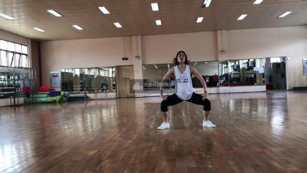 广西大学健美操课程翻转课堂动作组合4(小马跳)-正面示范-口令