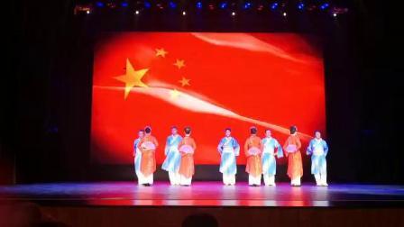 时装秀《中国脊梁》