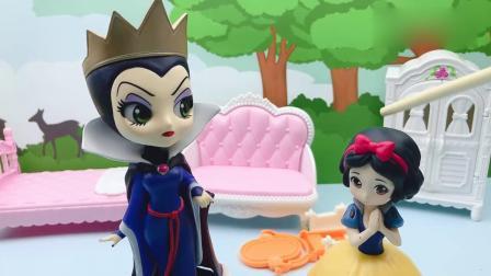 益智玩具:贝儿太坏了,弄坏魔镜还嫁祸白雪,还好王子帮助白雪解释